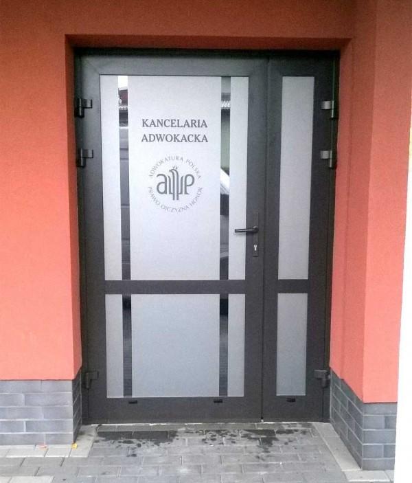 Oklejanie drzwi Kancelaria Adwokacka